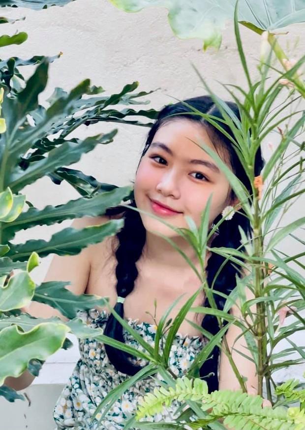 Màn bùng nổ visual đẳng cấp của ái nữ Lọ Lem nhà MC Quyền Linh: Xinh như thần tiên tỷ tỷ, Hoa hậu tương lai là đây! - Ảnh 5.
