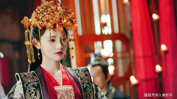 Phim mới của Bành Tiểu Nhiễm mở điểm thấp đến sốc nặng, netizen đổ hết tội cho nam chính xí trai nhất 2021? - Ảnh 9.