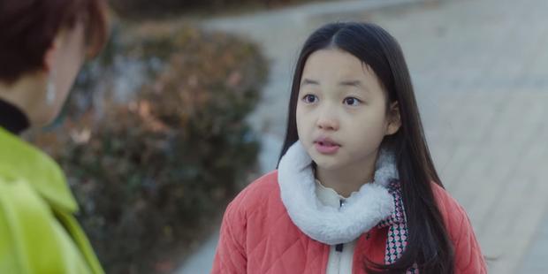 Sao nhí giống hệt Kim Yoo Jung sau 6 năm: Nhan sắc, sự nghiệp đều không có cửa với đàn chị? - Ảnh 9.
