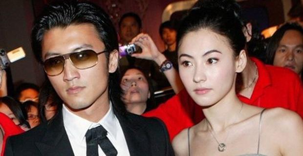 Chỉ cần nhìn vào 2 bức ảnh chụp chung với Trương Bá Chi và Vương Phi là đã hiểu Tạ Đình Phong yêu ai đắm đuối hơn - Ảnh 4.