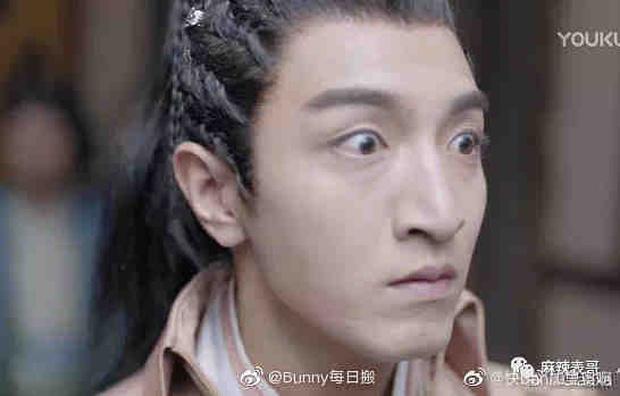 Phim mới của Bành Tiểu Nhiễm mở điểm thấp đến sốc nặng, netizen đổ hết tội cho nam chính xí trai nhất 2021? - Ảnh 4.