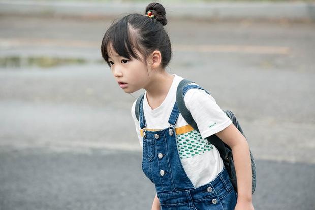 Sao nhí giống hệt Kim Yoo Jung sau 6 năm: Nhan sắc, sự nghiệp đều không có cửa với đàn chị? - Ảnh 7.