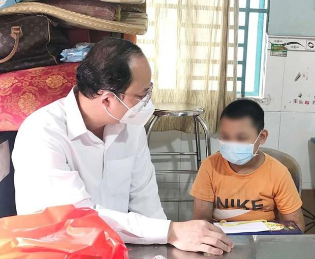 Chủ tịch TP.HCM: Không để trẻ mồ côi vì COVID-19 gặp khó khăn - Ảnh 2.