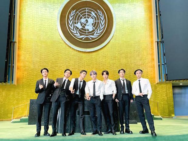 BTS diện kiến Tổng thư ký, gây bão với bài phát biểu tại Liên Hợp Quốc: Thay vì thế hệ mất mát, hãy gọi chúng tôi là thế hệ đón chào - Ảnh 2.