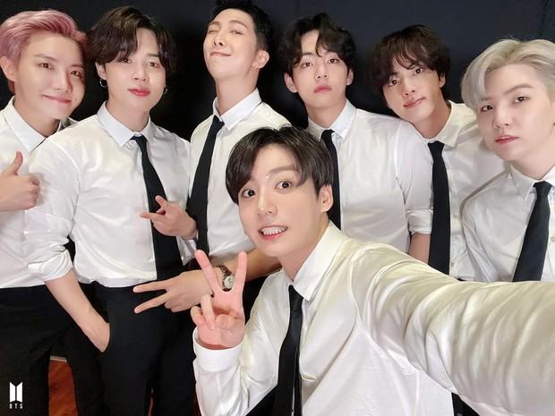 Jungkook (BTS) bùng nổ visual, từ khóa Bảo vật quốc gia leo top 1 trending toàn cầu sau màn xuất hiện quá bảnh tại Liên Hợp Quốc - Ảnh 7.