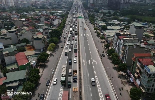 Hà Nội: Đường vành đai 3 trên cao ùn tắc hàng km từ Linh Đàm tới nút giao Phạm Hùng - Ảnh 4.