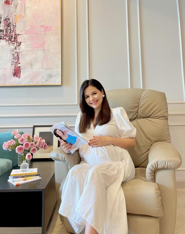 Phu nhân hào môn Phanh Lee khoe góc cận mặt ái nữ tập đoàn nghìn tỷ, chỉ 1 đặc điểm đã khiến netizen đổ đứ đừ - Ảnh 3.