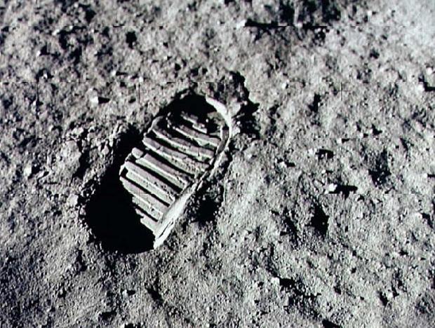 Những sự thật bất ngờ về Mặt Trăng - Ảnh 1.