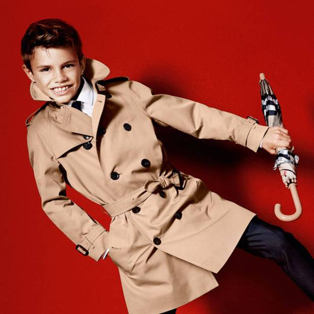 2 lần Romeo Beckham làm mẫu khuấy đảo MXH: 11 tuổi đã hóa mẫu nhí đầy khí chất cho nhà mốt lớn, 19 tuổi lột xác thành soái ca sexy - Ảnh 8.
