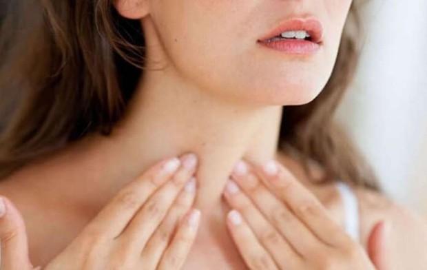 Lynk Lee lộ diện sau khi gọt trái cổ: Cắt yết hầu là gì, có ảnh hưởng đến sức khỏe và giọng nói hay không? - Ảnh 3.