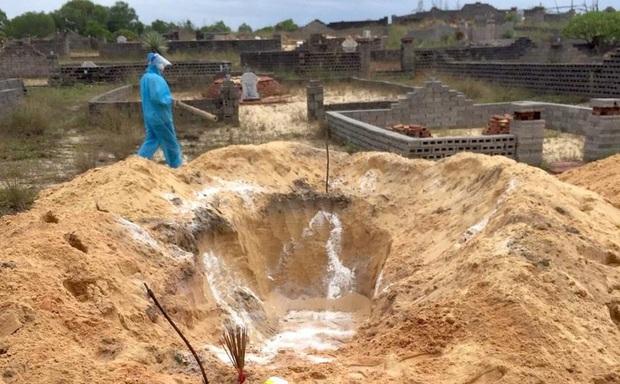 Khu vực chôn cất bệnh nhân Covid-19 tử vong ở Quảng Bình là nơi cao ráo, cuối hướng gió
