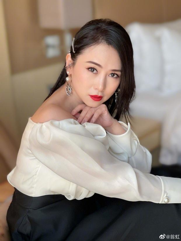 Nữ hoàng phim 18+ bị Cổ Thiên Lạc si mê theo đuổi, gọi điện chửi mắng 20 phút vì không chịu yêu - Ảnh 12.