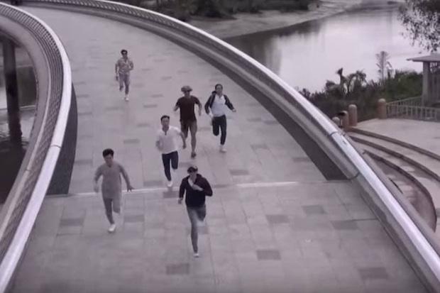 Trấn Thành, BB Trần như người tàng hình trong clip giới thiệu Running Man Việt mùa 2 - Ảnh 5.