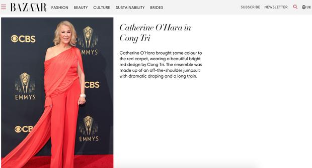 Thảm đỏ Emmy 2021 thì ra có tới 3 người diện đồ của NTK Công Trí, 1 trong số đó còn lọt top 10 mặc đẹp của Harper's Bazaar UK - Ảnh 2.
