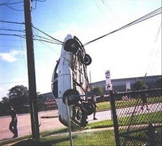 15 tình huống tai nạn khó hiểu tới mức nếu không có ảnh làm chứng sẽ bị bảo là bịa đặt - Ảnh 9.