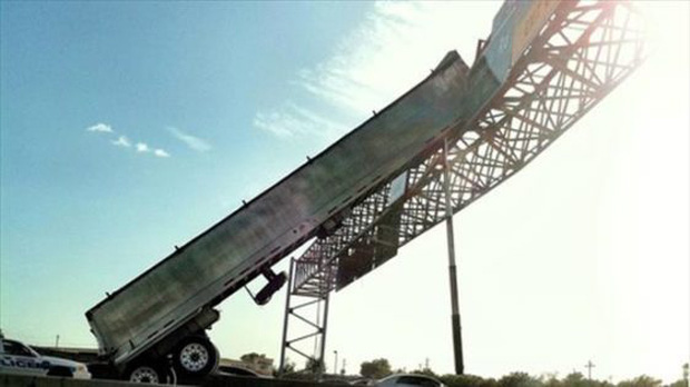 15 tình huống tai nạn khó hiểu tới mức nếu không có ảnh làm chứng sẽ bị bảo là bịa đặt - Ảnh 13.