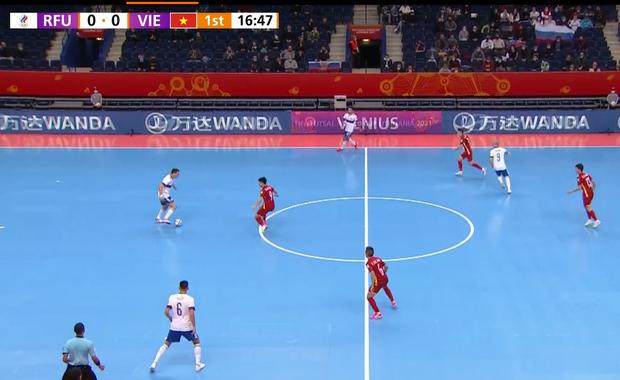 [Trực tiếp vòng 1/8 Futsal World Cup] Nga vs Việt Nam (HT): VÀOOOO!!!! Đắc Huy dứt điểm tung lưới á quân thế giới - Ảnh 7.