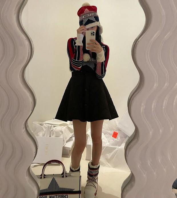 Suzy mặc đồ hiệu xa xỉ tiện thể khoe nội thất trăm triệu, đúng là bên ngoài trẻ đẹp bên trong nhiều tiền  - Ảnh 5.