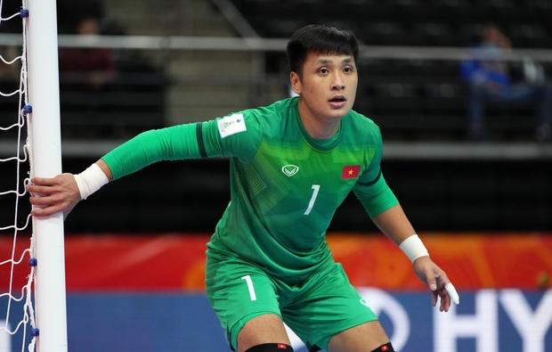 [Trực tiếp vòng 1/8 Futsal World Cup] Nga vs Việt Nam (HT): VÀOOOO!!!! Đắc Huy dứt điểm tung lưới á quân thế giới - Ảnh 16.