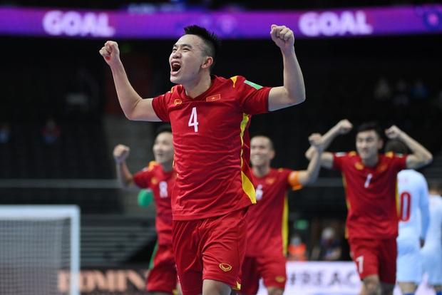 [Trực tiếp vòng 1/8 Futsal World Cup] Nga vs Việt Nam (HT): VÀOOOO!!!! Đắc Huy dứt điểm tung lưới á quân thế giới - Ảnh 19.
