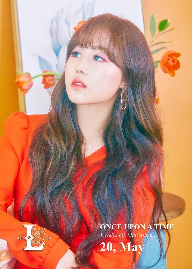 Loạt trưởng nhóm Kpop hack tuổi đỉnh cao: Taeyeon là chị cả mà tưởng em út, RM ngày càng lột xác sexy - Ảnh 46.