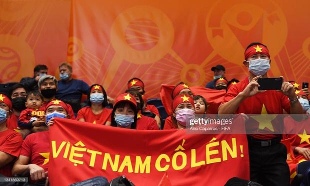 [Trực tiếp vòng 1/8 Futsal World Cup] Nga vs Việt Nam (HT): VÀOOOO!!!! Đắc Huy dứt điểm tung lưới á quân thế giới - Ảnh 9.