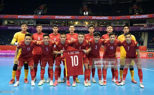 [Trực tiếp vòng 1/8 Futsal World Cup] Nga vs Việt Nam (HT): VÀOOOO!!!! Đắc Huy dứt điểm tung lưới á quân thế giới - Ảnh 8.
