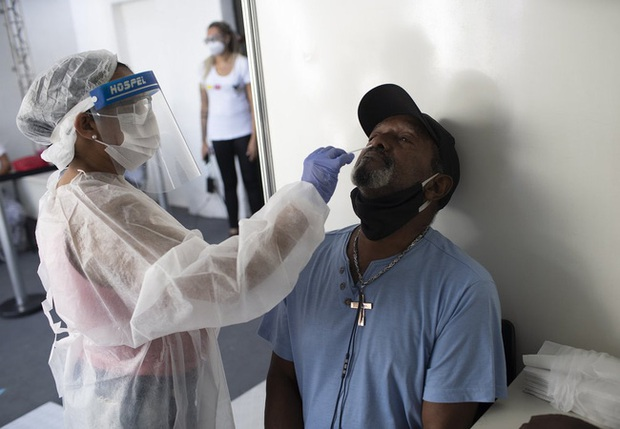 Số ca COVID-19 tiếp tục tăng ở Thái Lan và Philippines, Indonesia trước nguy cơ bùng phát dịch vào cuối năm - Ảnh 1.