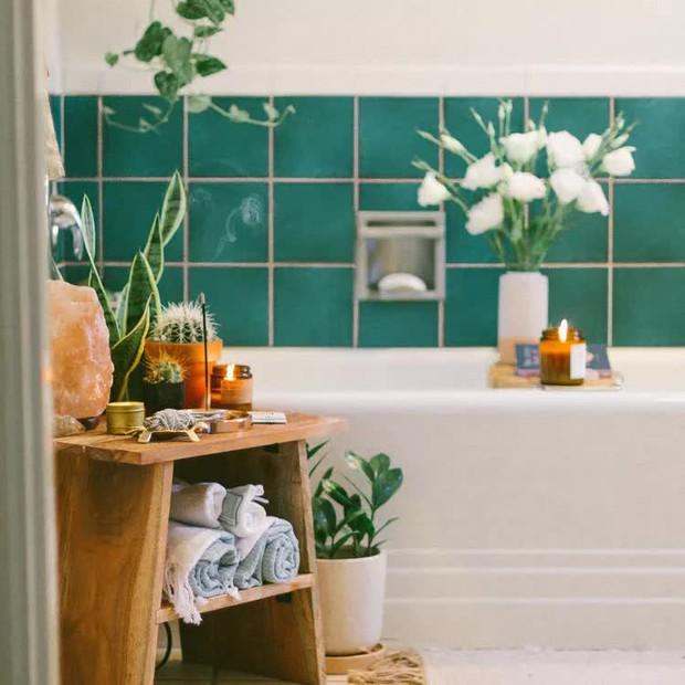Người sành có 6 cách trưng khăn tắm cực sang, muốn lên hạng phòng tắm thì copy ngay - Ảnh 5.