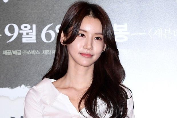 Bi kịch cuộc đời 2 nữ hoàng cảnh nóng Hàn: Bị miệt thị vì hở bạo trên phim, tự tử do áp lực dư luận? - Ảnh 6.