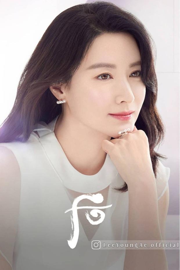 Thế nào là quốc bảo nhan sắc: Song Hye Kyo - Phạm Băng Băng tạo nên tiêu chuẩn khác xa nhau, thế giới có 2 icon tầm cỡ đối lập - Ảnh 7.