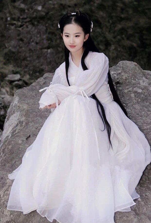 Thế nào là quốc bảo nhan sắc: Song Hye Kyo - Phạm Băng Băng tạo nên tiêu chuẩn khác xa nhau, thế giới có 2 icon tầm cỡ đối lập - Ảnh 35.