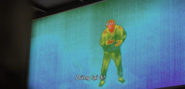 Trùm cuối bom tấn sinh tồn Squid Game hóa ra đã lộ diện từ tập 1, thách bạn xem lại 100 lần cũng chưa chắc soi ra! - Ảnh 3.
