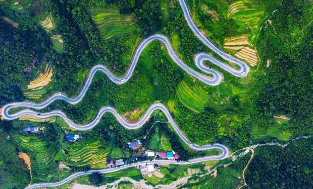 Việt Nam có loạt địa điểm nguy hiểm bậc nhất, dân du lịch yếu tim xem ảnh thôi đã hoảng nói chi đến trải nghiệm! - Ảnh 1.
