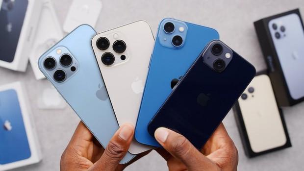iPhone 13 lộ diện phần notch nhỏ hơn 20% nhưng bị netizen chê tới tấp vì nhìn chẳng khác gì mấy con Android giá rẻ? - Ảnh 1.