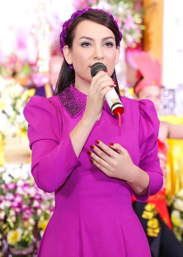 Thu Hoài đăng ảnh Phi Nhung bên Hồ Văn Cường năm xưa, khoảnh khắc 2 mẹ con gây xúc động giữa lúc sức khoẻ nữ ca sĩ diễn biến xấu - Ảnh 5.