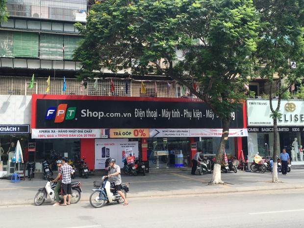 Vụ đánh cắp thông tin nhạy cảm của khách hàng: FPT Shop sa thải 3 nhân viên, cảnh báo các tài khoản giả mạo - Ảnh 1.