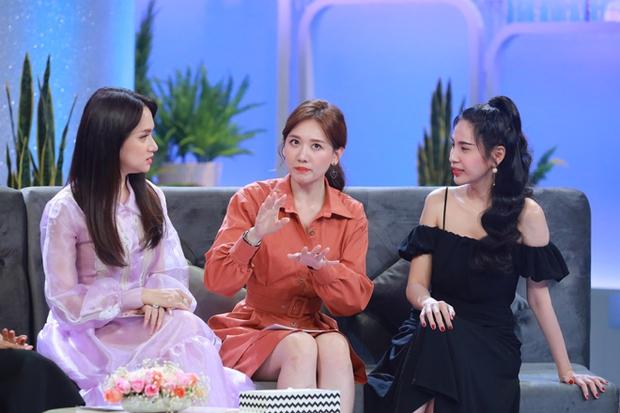 Netizen tràn vào MV Thuỷ Tiên để chỉ trích, nhưng thế nào mà Hari Won cũng bị vạ lây? - Ảnh 5.
