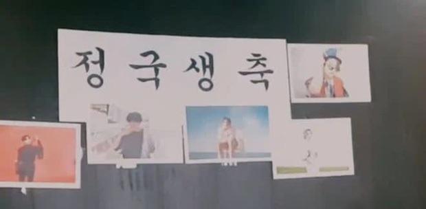 Staff của BTS gây phẫn nộ khi bị nghi đọc trang antifan ngay trước mặt các thành viên, còn có hành động lấp liếm? - Ảnh 7.