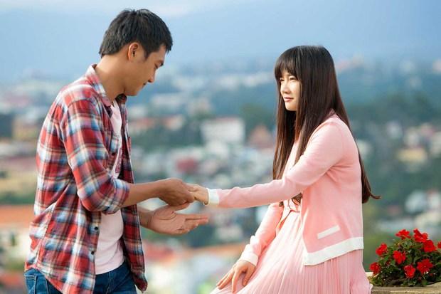 Muôn kiểu Bắc tiến đóng phim của diễn viên Việt: Khả Ngân - Diễm My 9x gây tranh cãi, Quốc Trường đổi đời luôn - Ảnh 2.