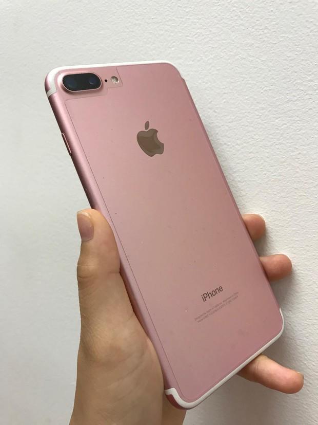 Xem girl xinh hot TikToker đập hộp iPhone 13 màu hồng, hội chị em thất vọng toàn tập? - Ảnh 8.
