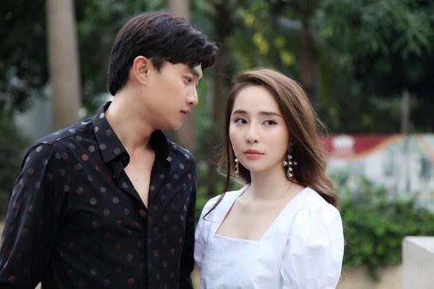 Muôn kiểu Bắc tiến đóng phim của diễn viên Việt: Khả Ngân - Diễm My 9x gây tranh cãi, Quốc Trường đổi đời luôn - Ảnh 8.