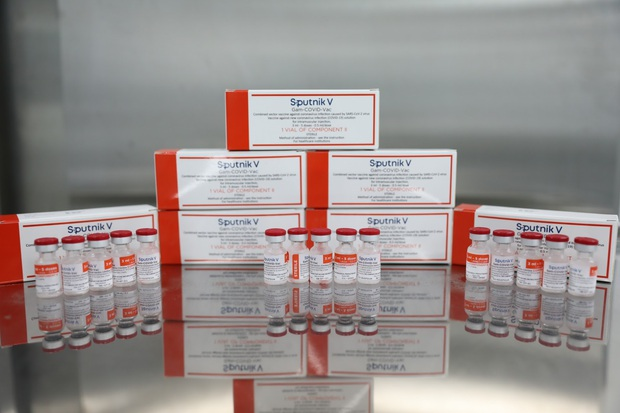 Việt Nam lần đầu tiên sản xuất thành công lô vắc xin phòng COVID-19 Sputnik V - Ảnh 5.