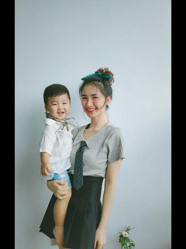 Bị nhắc nhở 1 thói quen không tốt cho quý tử mới 1 tuổi, mẹ bỉm Hoà Minzy giải thích thế nào? - Ảnh 6.