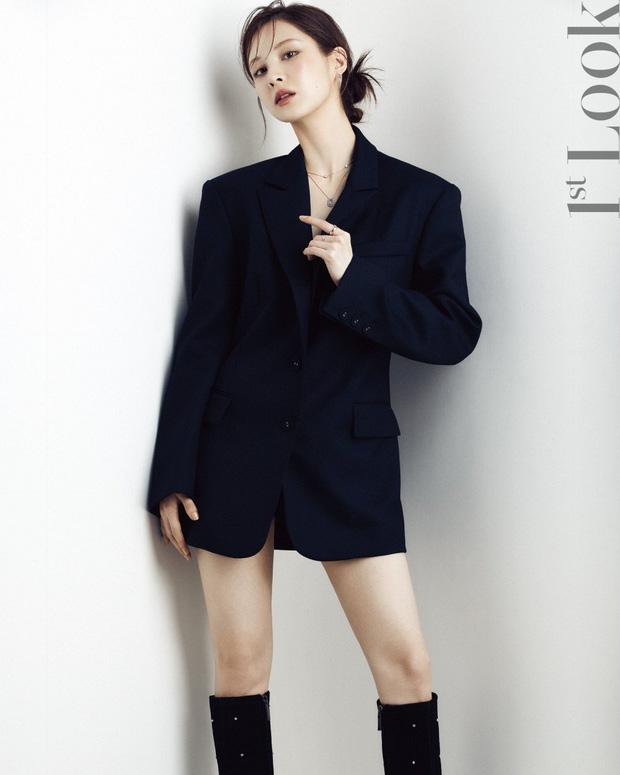 Seohyun lộ cả mảng lưng trần trắng nõn sexy trên tạp chí: Em út ngoan hiền của SNSD ngày nào giờ lột xác thật rồi! - Ảnh 7.
