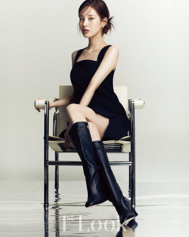 Seohyun lộ cả mảng lưng trần trắng nõn sexy trên tạp chí: Em út ngoan hiền của SNSD ngày nào giờ lột xác thật rồi! - Ảnh 8.