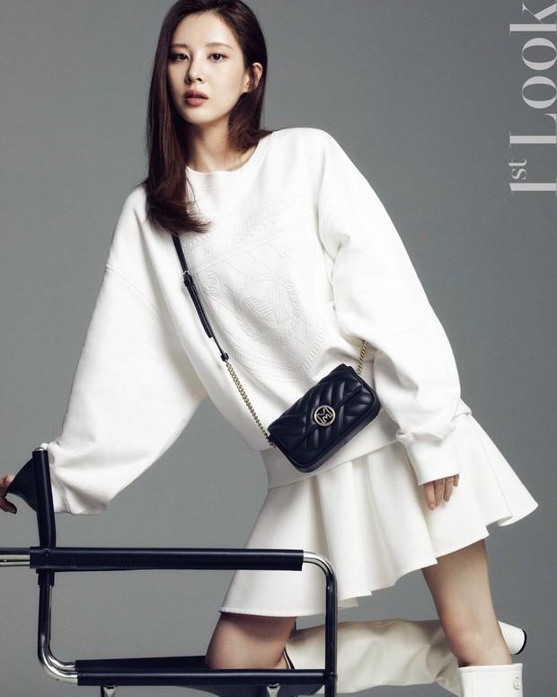 Seohyun lộ cả mảng lưng trần trắng nõn sexy trên tạp chí: Em út ngoan hiền của SNSD ngày nào giờ lột xác thật rồi! - Ảnh 10.