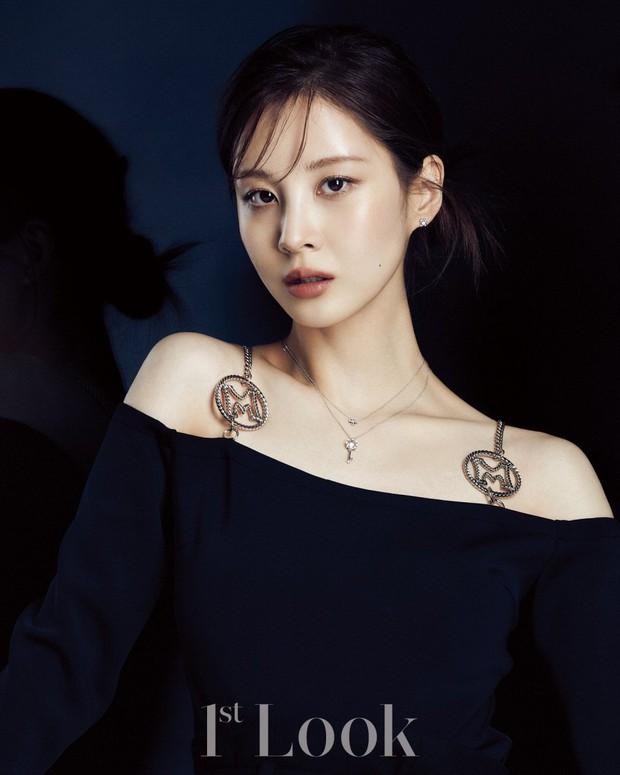 Seohyun lộ cả mảng lưng trần trắng nõn sexy trên tạp chí: Em út ngoan hiền của SNSD ngày nào giờ lột xác thật rồi! - Ảnh 3.