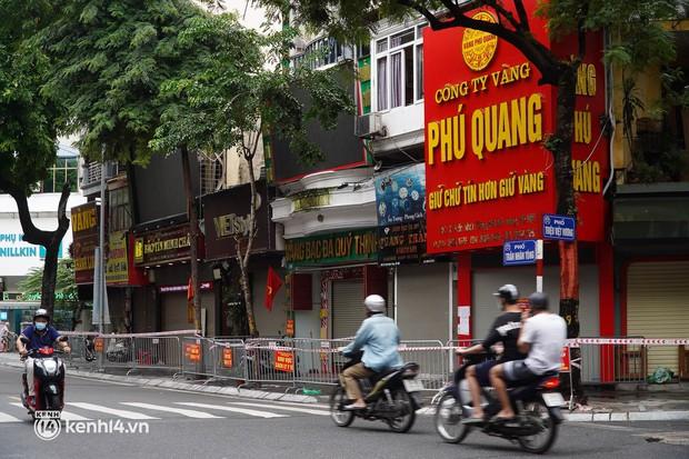 KHẨN: Hà Nội tìm người từng đến cửa hàng bánh bao liên quan F0 trên phố Trần Nhân Tông - Ảnh 1.