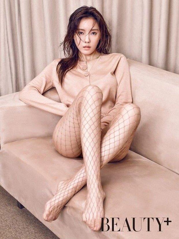 Nam diễn viên đang hot vì body lột xác quá daddy hoá ra cũng từng đóng cảnh giường chiếu táo bạo trong MV 18+ với mỹ nữ T-ara - Ảnh 12.